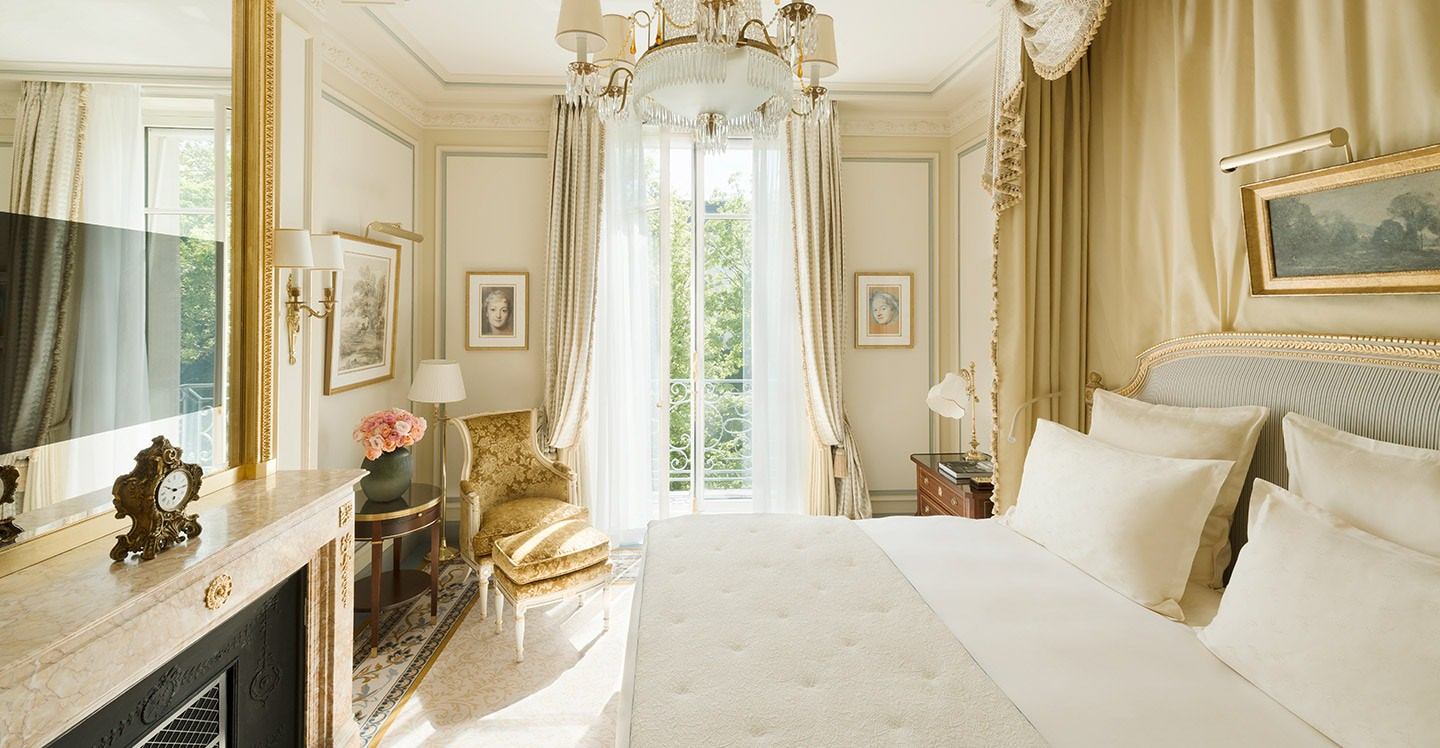 Executive room hotel ritz paris 5 stars for Chambre dhotel de luxe