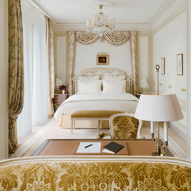 Chambres et suites de luxe h tel ritz paris 5 toiles for Chambre arbitrale de paris